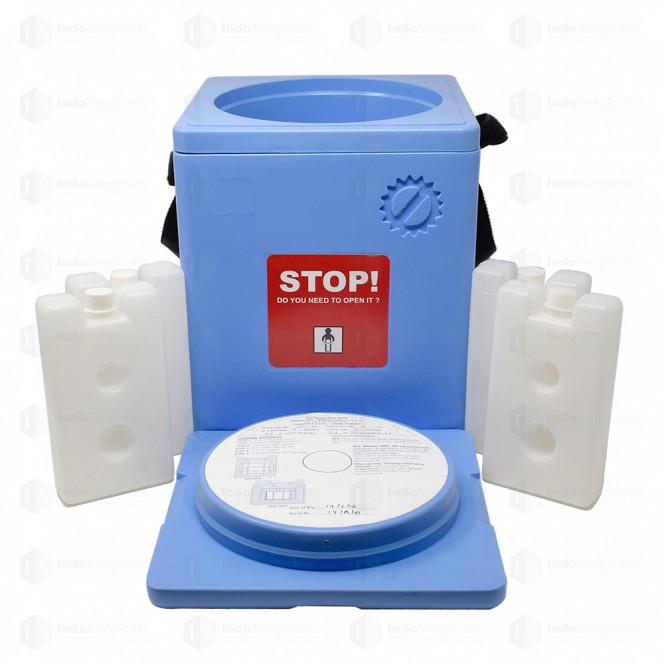 Large Vaccine Carrier Box with 4 Ice Packs (1.35 Litre)